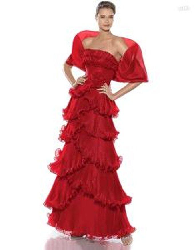 Pronovias Cóctel 2010 - Judith, vestido largo rojo, escote recto