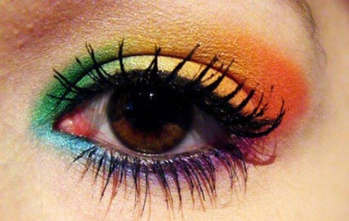 Maquillage arc-en-ciel - I-am-the-superhero-of-my-dreams.tumblr.com