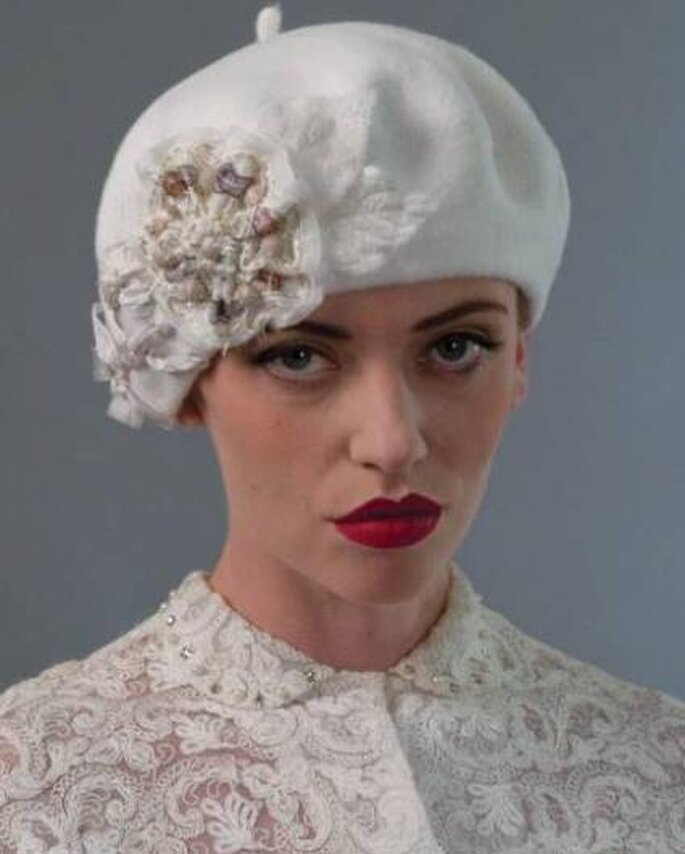 Ein modischer Hut oder eine Haube hält zusätzlich auch warm – Foto: Luise Green Millinerry