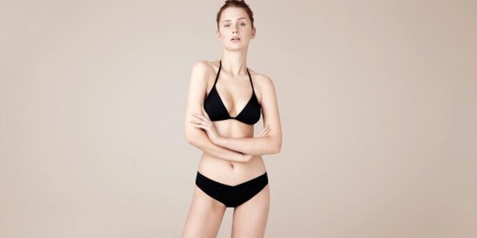 Bikini en color negro para llevar a tu luna de miel - Foto Oysho