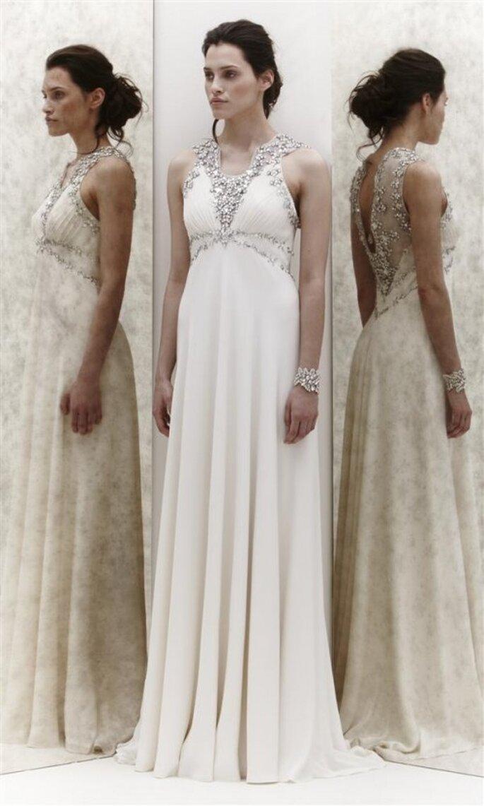 Vestido de novia con pedrería en el cuello - Foto Jenny Packham 2013