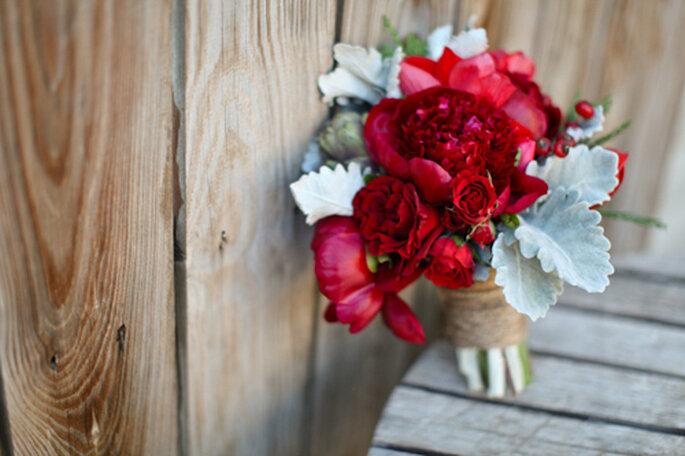 id es pour votre bouquet de mari e d hiver. Black Bedroom Furniture Sets. Home Design Ideas
