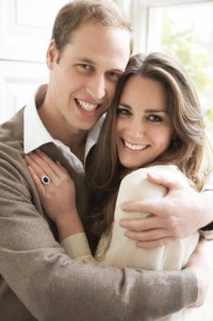 El príncipe Guillermo y Kate, muy felices. Foto de Mario Testino