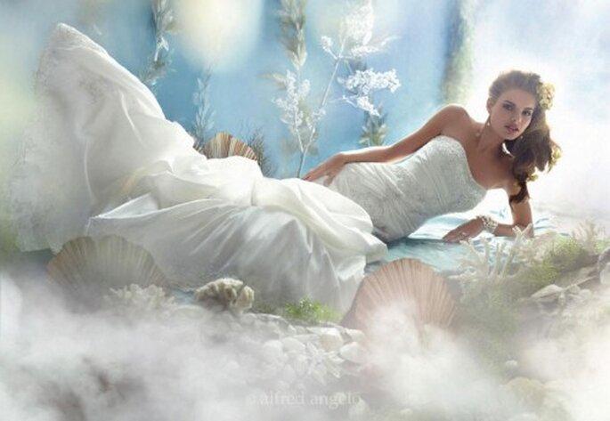 Vestido de novia inspirado en la princesa Ariel - Foto Alfred Angelo