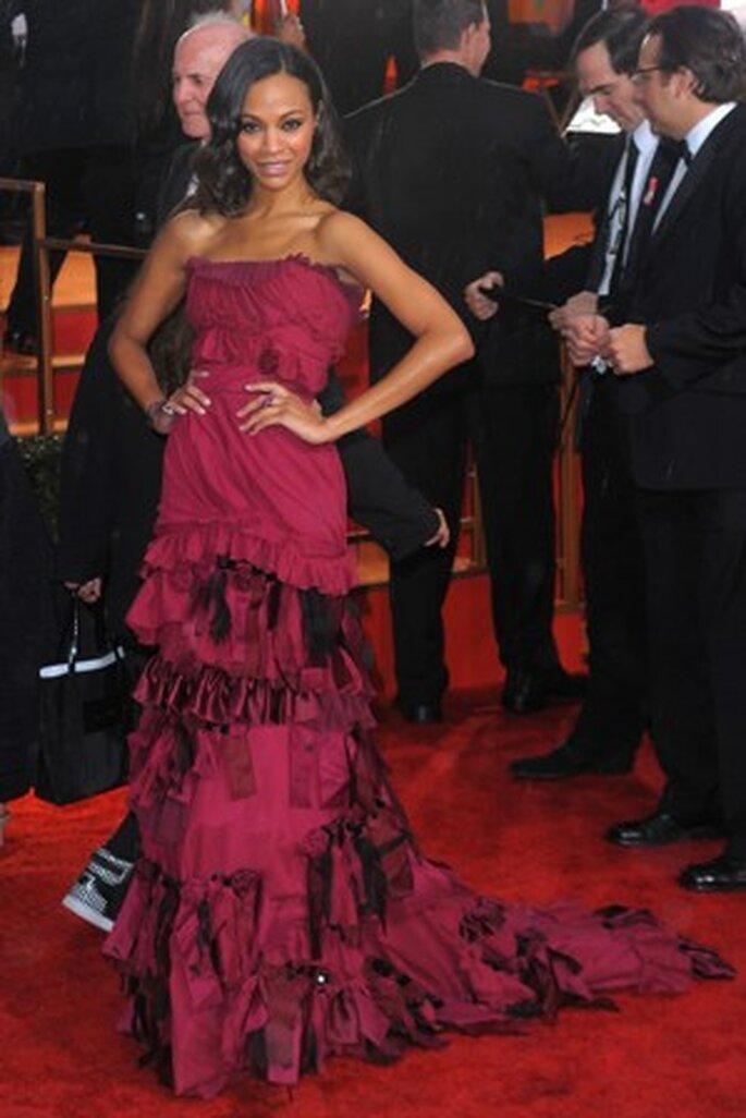 Zoe Saldana com um vestido exclusivo de Louis Vuitton