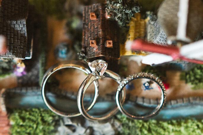 Los anillos de la boda. Fotografía de Pepe Orellana