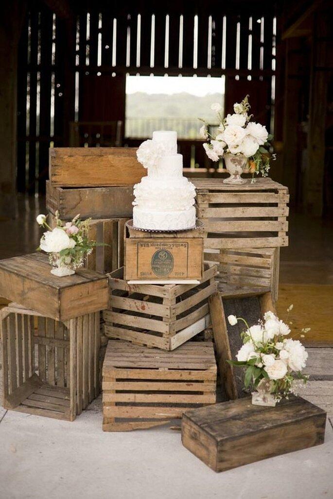 Tu boda con acabados decorativos en caoba - Foto Severine Photography