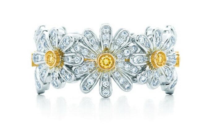 Anillo Daisy en oro de 18k con diamantes amarillos y blancos. Foto: Tiffany & Co.