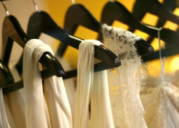 Hay muchas tiendas especializadas en alquilar trajes de novia y de gala