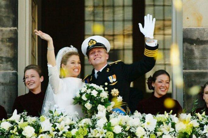 Máxima Zorreguieta con un vestido de novia con cuello chimenea