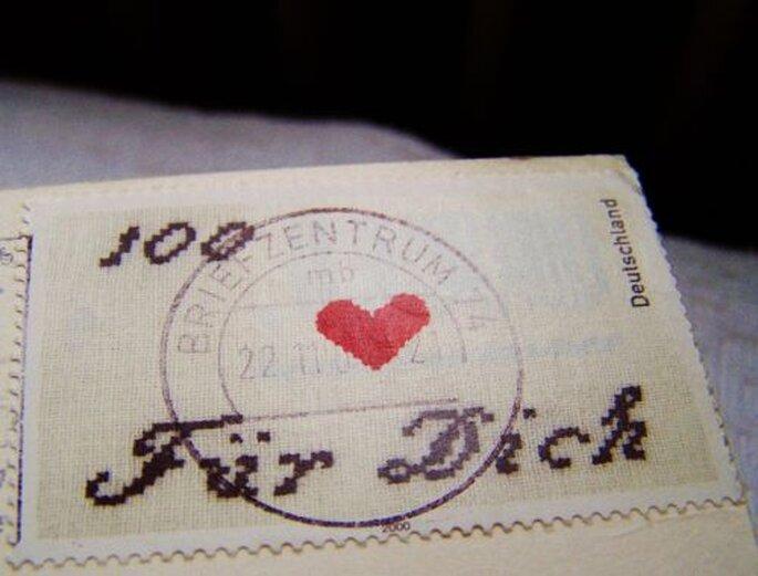 Ein Liebesbrief zu Valentinstag ist immer eine tolle Idee! - Foto: Helene Souza  / pixelio.de