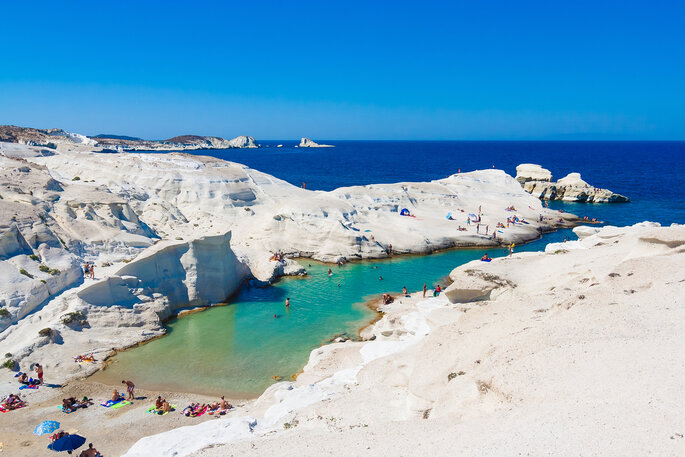 Playa de Sarakiniko, isla de Milos, Santorini, Grecia.