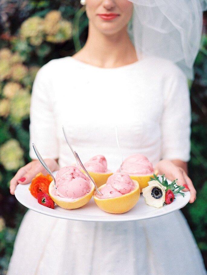 Helados, la mejor opción para ofrecer en tu banquete de bodas - Foto Chelsea Scanlan Photography