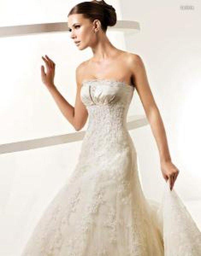 La Sposa 2010 - Leticia, vestido largo en encaje, de corte princesa