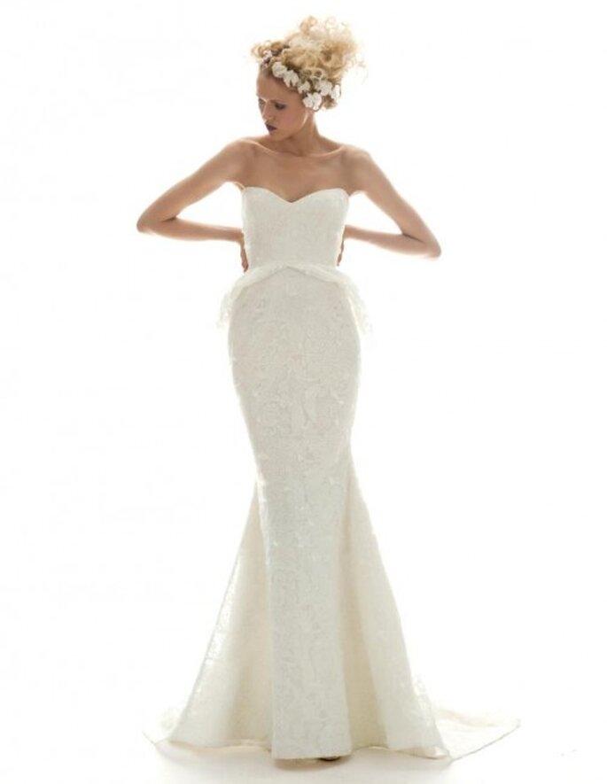 Vestido de novia vintage largo con escote corazón y corte recto - Foto Elizabeth Fillmore