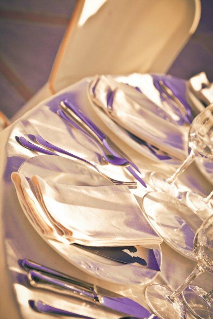 Repas de mariage : on place ses invités à table ou non ? - Photo : Adrian Tomadin