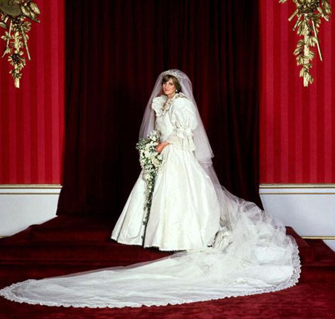 Retrato oficial de la princesa Diana
