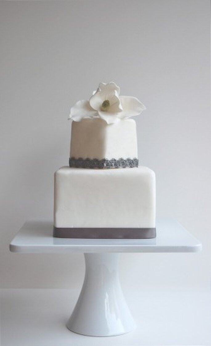 Grey Magnolia by Magpie's Cake