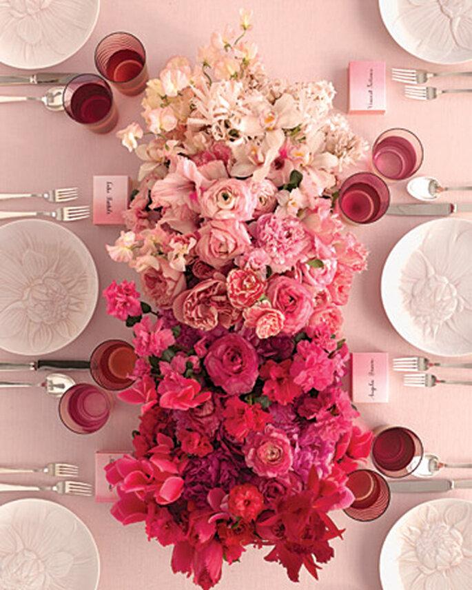 Arreglo floral para bodas estilo ombré - Foto Martha Stewart Weddings