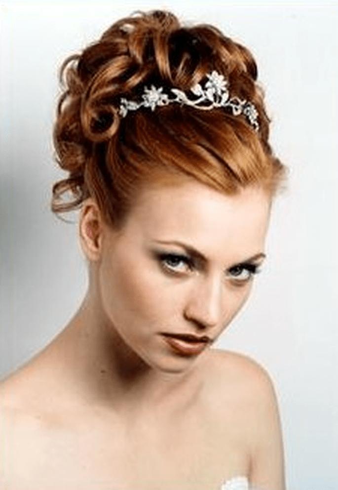 Wie wählt Frau die richtige Brautfrisur?