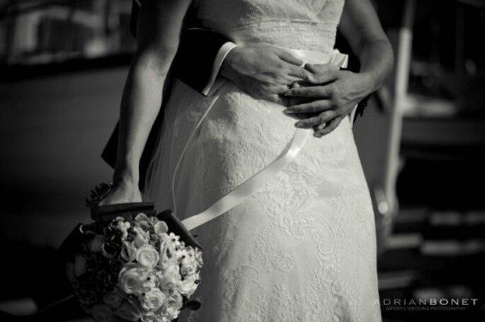 Pas question que les invitées d'un mariage ne soient pas au top ! Photo : Adrian Bonet