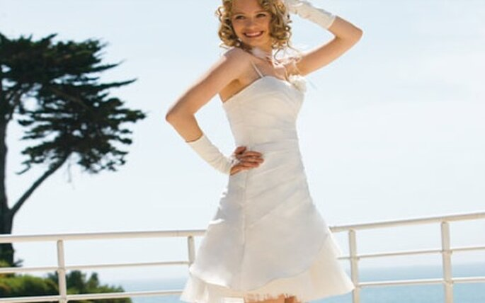 """Les robes courtes sont désormais monnaie courante et on comprend pourquoi en voyant ce modèle """"Lolita"""" par Eglantine Création"""