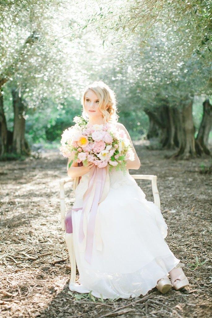 Un look perfecto para la novia romántica y chic - Foto Avec L'Amour Photography
