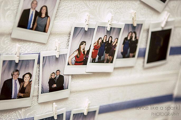 L'animation photobooth dans un mariage a toujours beaucoup de succès - Photo : Once like a spark