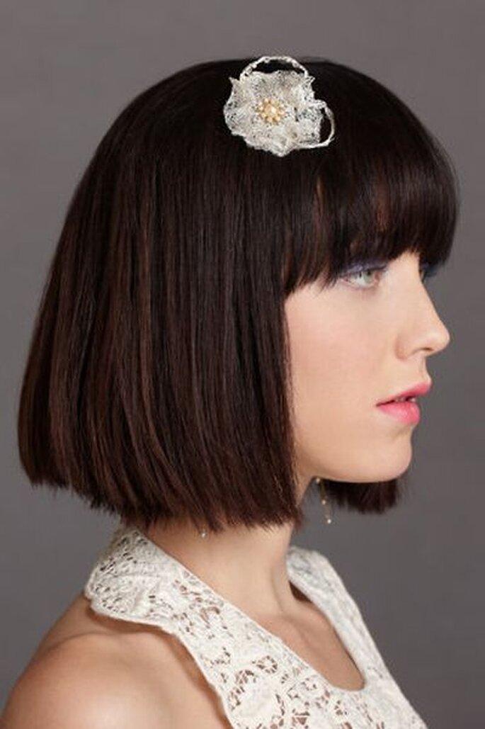 Brautfrisur mit Haarschmuck - Foto: bhldn