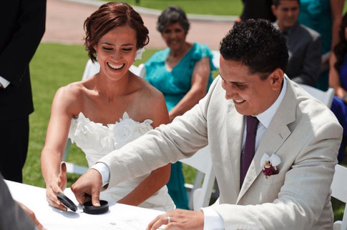 Te decimos todo lo que debes saber sobre trámites de boda civil y religiosa - Foto Evgenia Photo