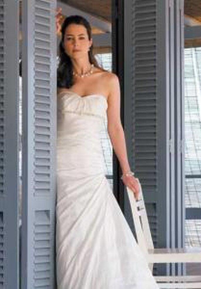 Marylise 2009 - Rhyse, vestido largo escote palabra de honor forma de corazón, corpiño ceñido