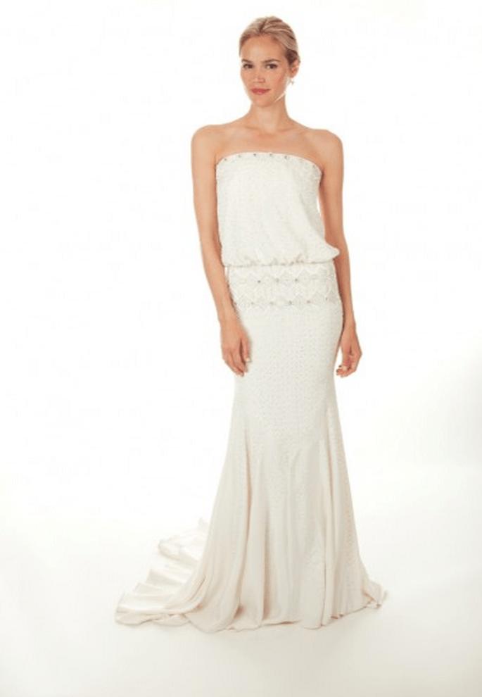 Vestido de novia 2013 con escote strapless y cola - Foto Nicole Miller