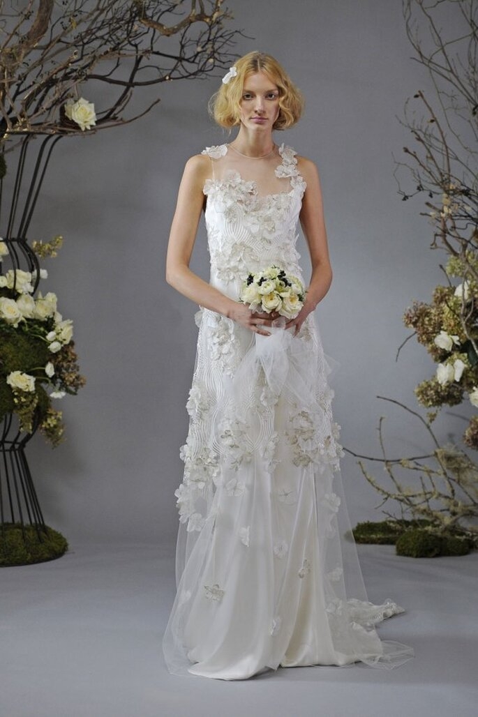 Vestido de novia en tendencia con flores en relieve - Foto Elizabeth Fillmore