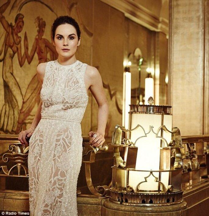 Vestido de novia de encaje estilo Art Deco para una sesión de fotos preboda - Foto Radio Times