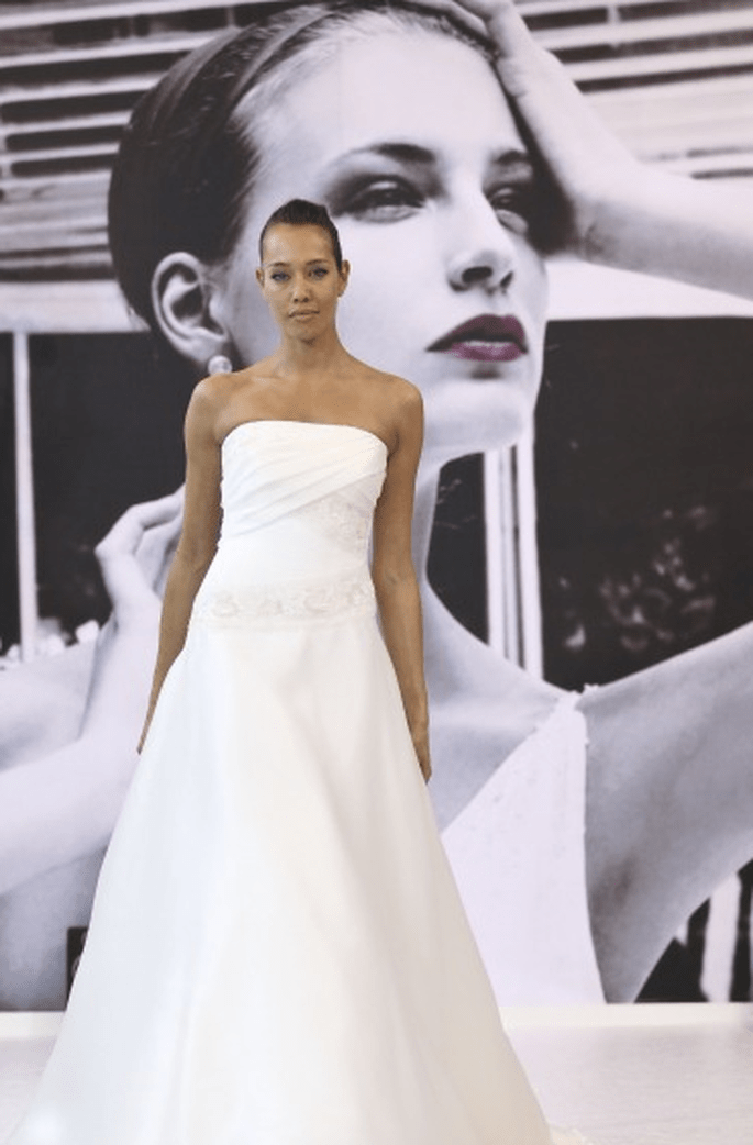 Abito bianco senza spalline - Elisabette Polignano