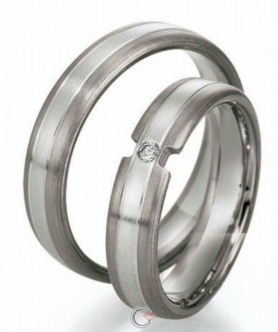 Beispiel: Finden Sie die perfekten Ringe, Foto: Schmuckpforte.