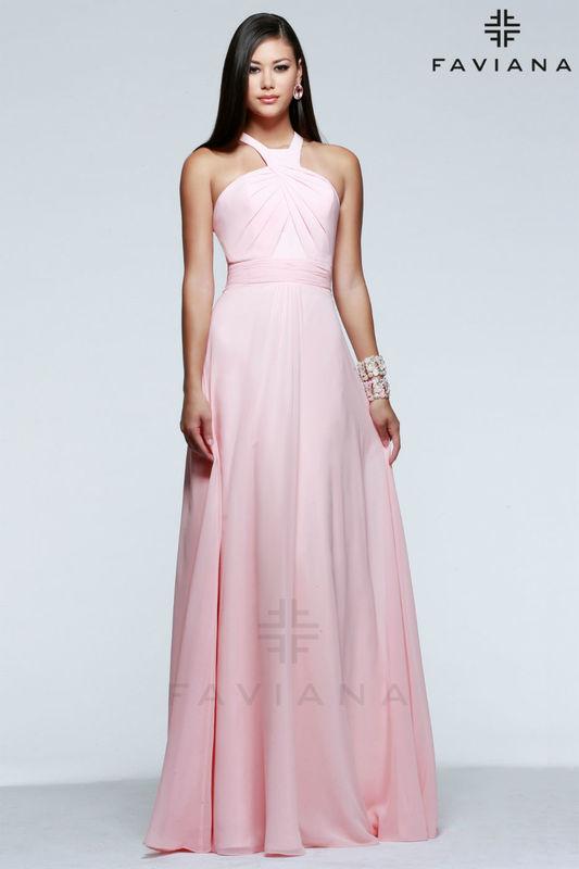 Vestido de fiesta en gasa rosa de Faviana