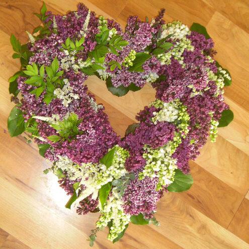 Beispiel: Ein Herz aus Blumen, Foto: Blumenkiste.