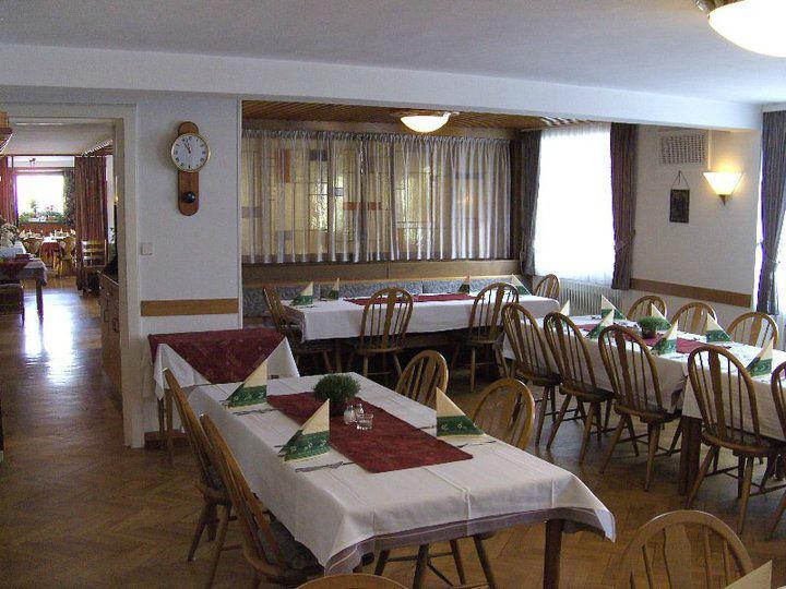 Beispiel: Restaurant, Foto: Gasthof Weisses Rössle.