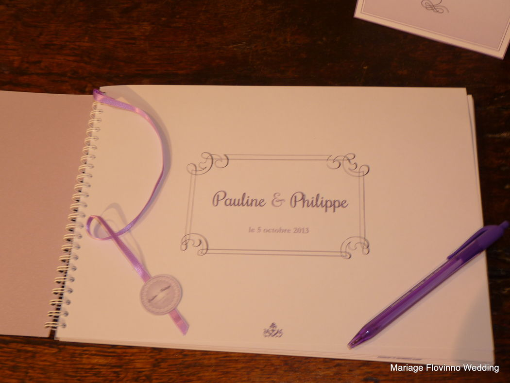 Carterie : faire-part, menus, plan de table, urne par Flovinno Wedding