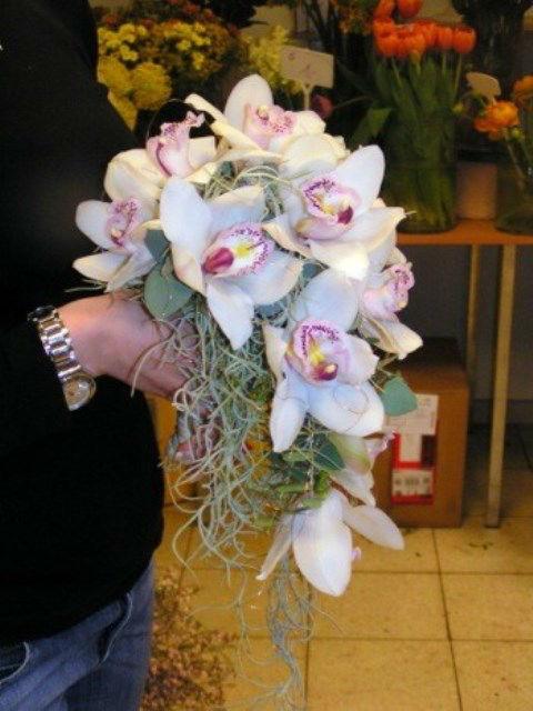 Beispiel: Blumenstrauß, Foto: Blumenelfen Griessmaier.