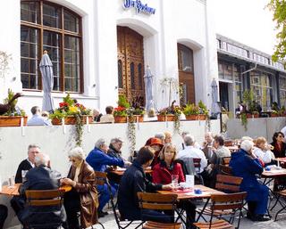 Beispiel: Biergarten, Foto: Der Pschorr.
