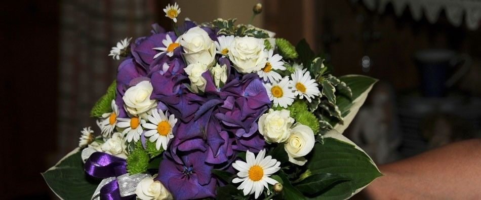 Beispiel: Brautstrauss, Foto: Moni's Blumenladen.