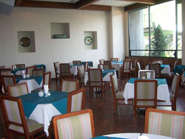 Hotel Finisterre en la Ciudad de Mexico.