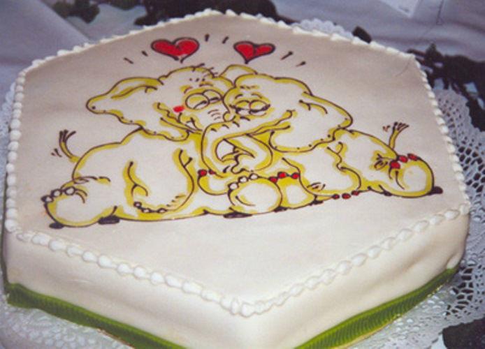 Beispiel: Einzigartige Hochzeitstorten, Foto: Tortenkunst.