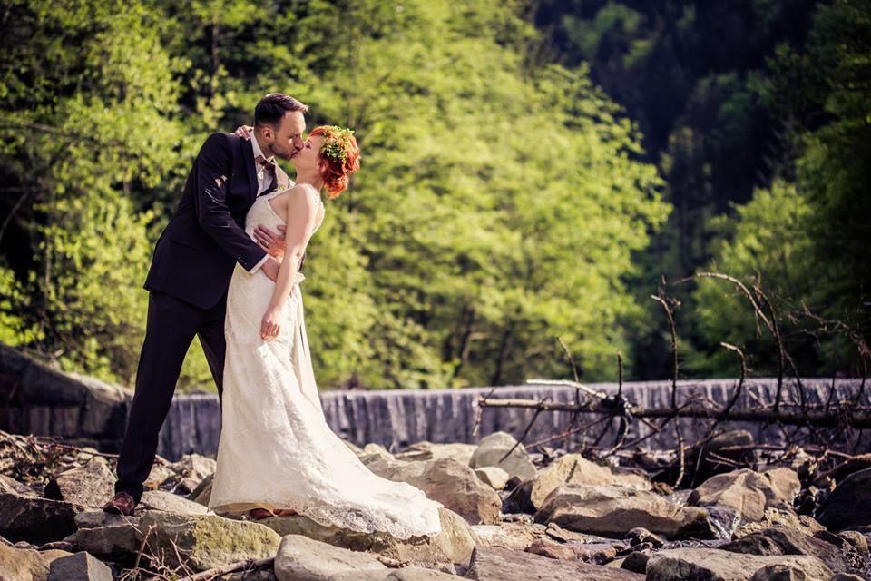 Auch unsere Holzfliege Decorum passt zu jeder Hochzeit
