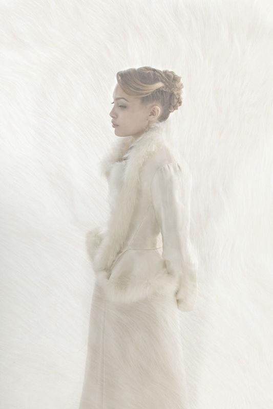 Beaumenay Joannet Paris robe de mariée hiver, veste manche longue