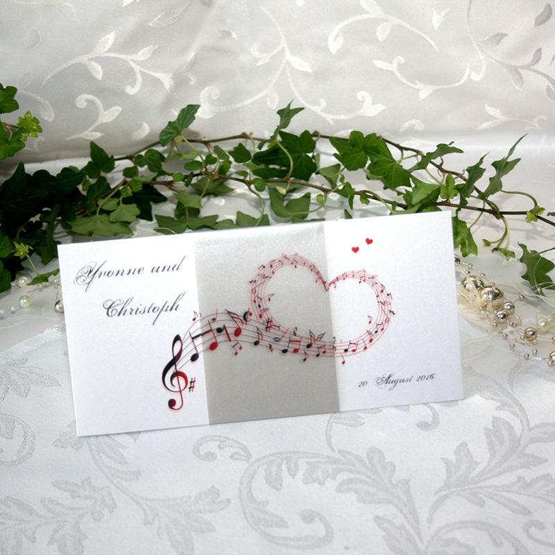 Cela-Design Hochzeitseinladung Notenherz