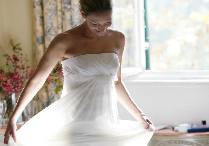 Natürliches bis extravagantes Brautstyling, Foto: Weddinghelfer.