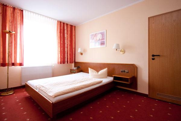 Beispiel: Einzelzimmer, Foto: AKZENT Hotel Am Husarenhof.